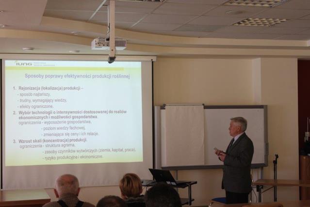 Stan aktualny i perspektywy uprawy roślin strączkowych w Polsce na tle warunków przyrodniczych i organizacyjno-ekonomicznych